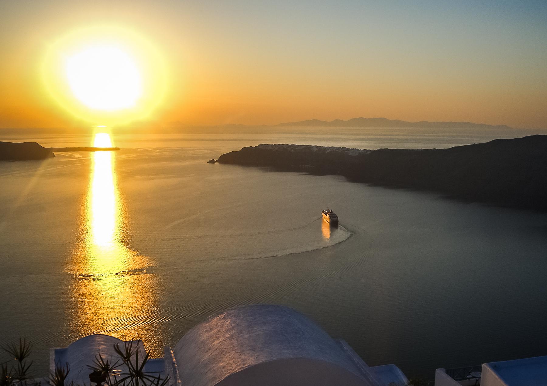 zalazak-sunca-na-santoriniju