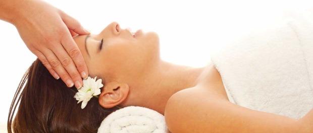 kako masazom otkloniti glavobolju