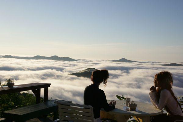 najbolji restoran u oblacima